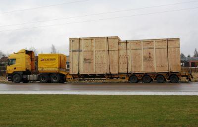 Rūpniecības aprīkojuma transportēšana uz Brocēniem (LV)